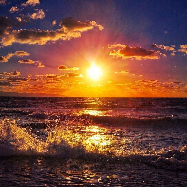 Крым морской прибой на закате